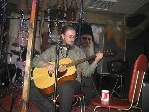 О. Николай Кокурин в рок-клубе при храме отца Сергия (Рыбко). Январь 2013 г.