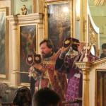 о. Александр Дягилев проводит в храме во имя св. блгв. кн. Александра Невского в Красном Селе совместнjое богослужение с англиканами.