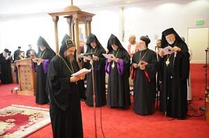 19 октября 2011 г. в коптском храме в Лос-Анджелесе прошло совместное моление монофизитов, католиков, протестантов и православных.