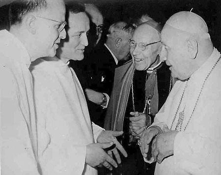Беа, Августин с братьями из общины Тезе.