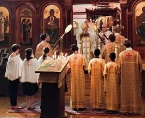 Алтарницы в храме Православной Церкви в Америке