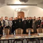 12 октября о. Джон Бер - декан Свято-Владимирской семинарии - прибыл в Москву для подписания соглашения о сотрудничестве между семинарией и Общецерковной аспирантурой
