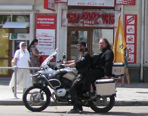 Кураев с байк-миссией в Севастополе. 2009 г.