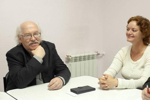 О. Владимир Федоров и пасторша Эльвира Жейдс.