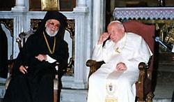2001 г. – Патриарх Антиохийский Игнатий (Хазим) с папой Иоанном-Павлом II