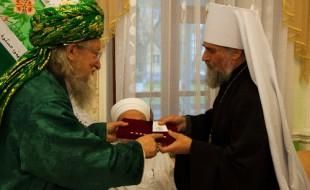 Митр. Никон награжден медалью ЦДУМ России