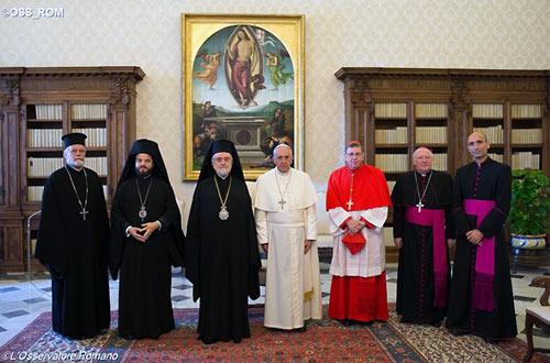 папа Римский Франциск принял священнослужителей Константинопольского Патриархата