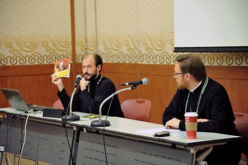 """О. Владимир Шмалий и о. Филарет (Булеков) ведут семинар """" Источники авторитета в Церкви """""""