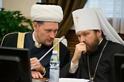 """Миротворческая """"духовная"""" культура митр. Илариона"""