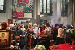 Моление сторонниц женского священства